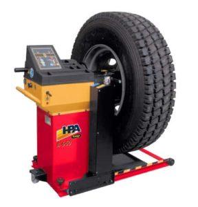 B650 wheel balancing machine