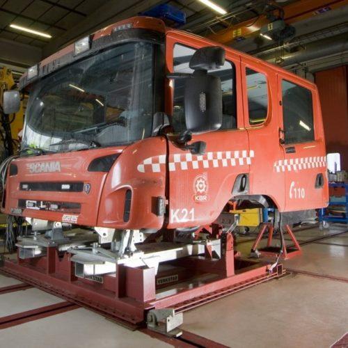 josam-straightening-cab-bench-rescue-vehicle-cab-01-1024x682